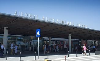 Baf Havaalanı'na uçuşlar durdu!