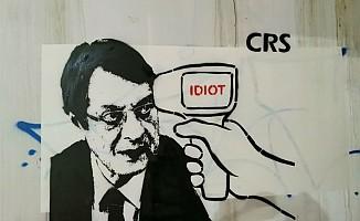 Rum karikatür sanatçısı'ndan Anastasiadis'e: Sadece aptalsın!
