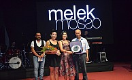 Melek Mosso konser verdi...