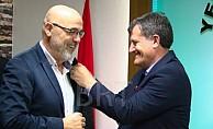 Yönlüer YDP'den istifa etti gözler Zaroğlu'nda