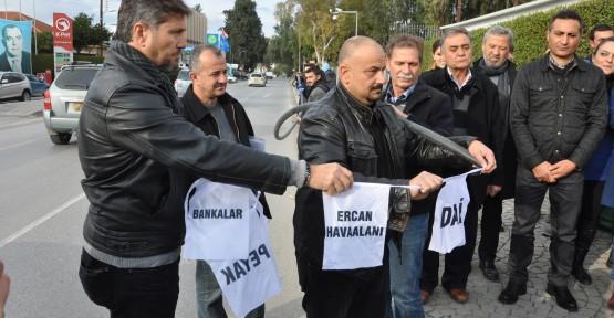 """""""TOPLUM REFAHINA DEĞİL TÜRKİYE'YE GÖRE HAREKET EDİYORLAR"""""""
