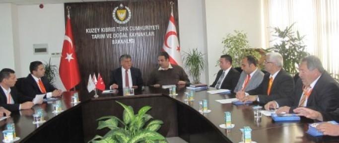 UBP LTB Meclis Üyesi Adayları Tarım Bakanı Ali Çetin Amcaoğlu'nu ziyaret etti.