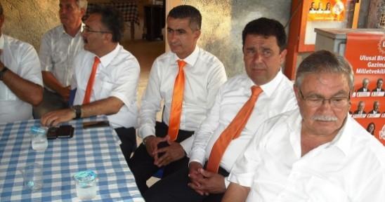 UBP   Mağusa bölgesi milletvekilleri dün gece Güvercinlik köyünü ziyaret etti.